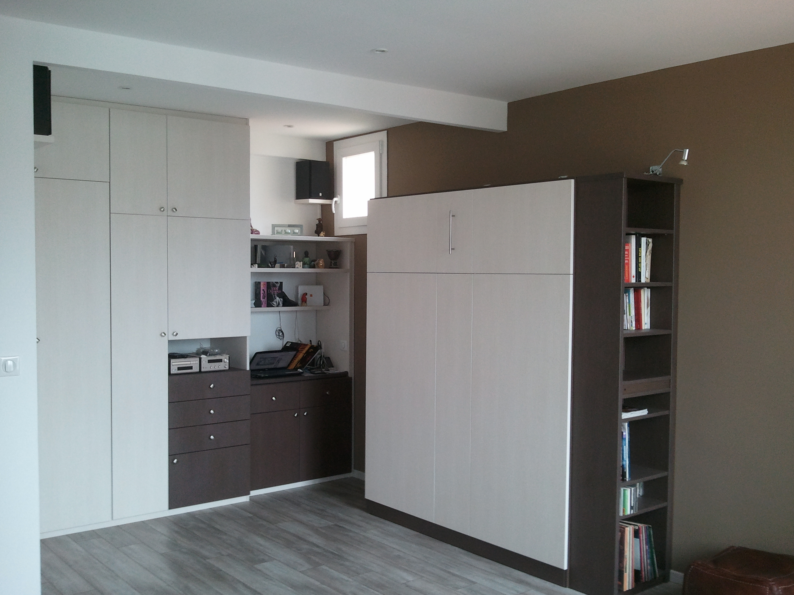 Installation pose dressing concept - Amenagement aanplakbiljet d entree ...