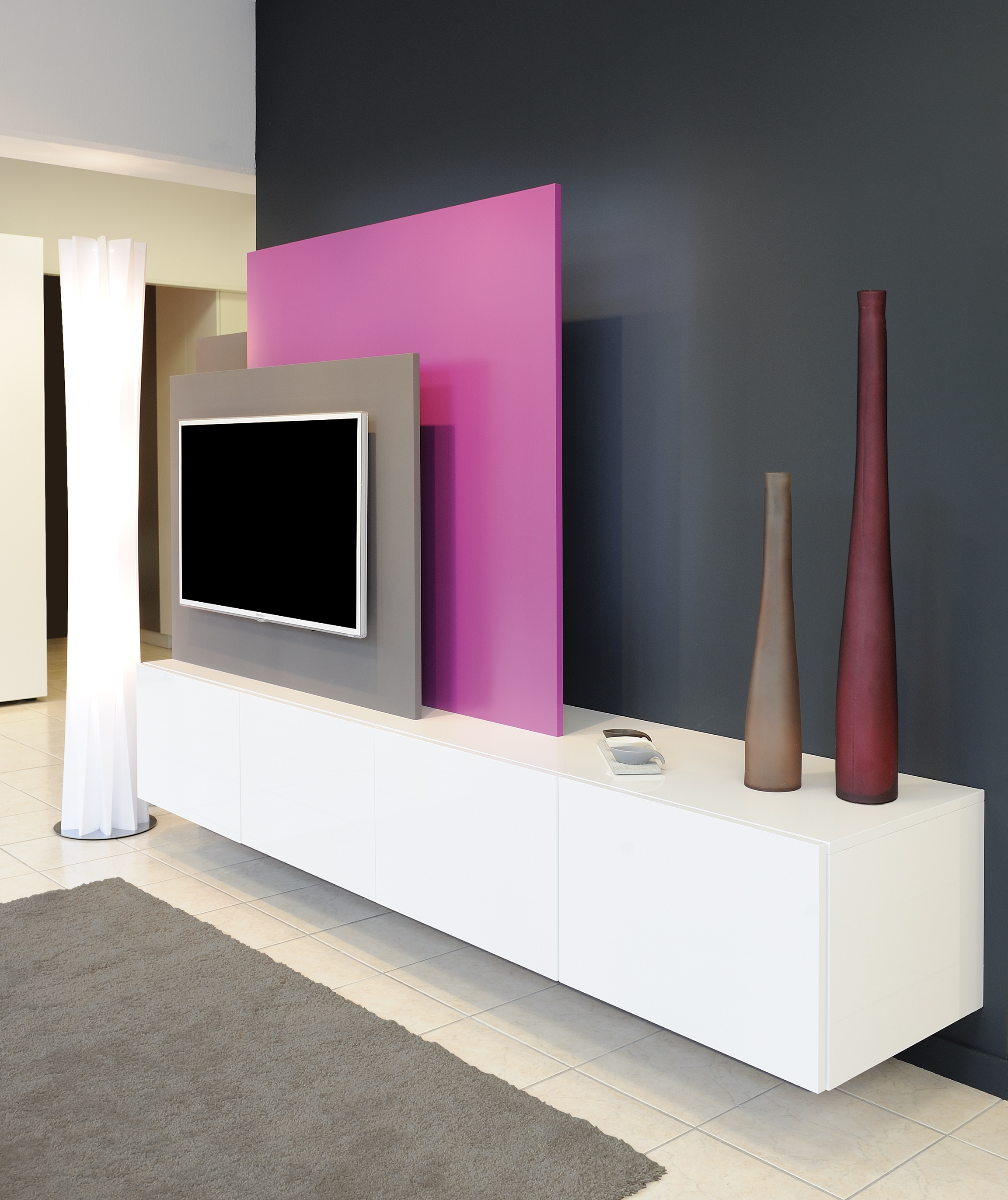 Meuble home cin ma dressing concept for Deco mur tv